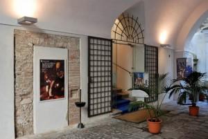 6-Palazzo-Pinto-B1-ingresso-Pinacoteca-Provinciale-da-Soprintendenza-per-i-Beni-Architettonici-e-PaesaggisticiJPG