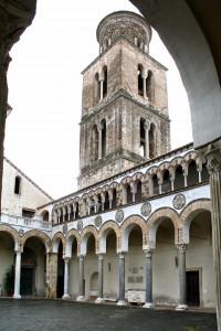 20-Cattedrale-di-San-Matteo-il-quadriportico-A2-da-Soprintendenza-per-i-Beni-Architettonici-e-Paesaggisticijpg