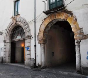 6-Palazzo-Pinto-A4-esterno-da-Soprintenenza-per-i-Beni-Architettonici-e-PaesaggisticiJPG