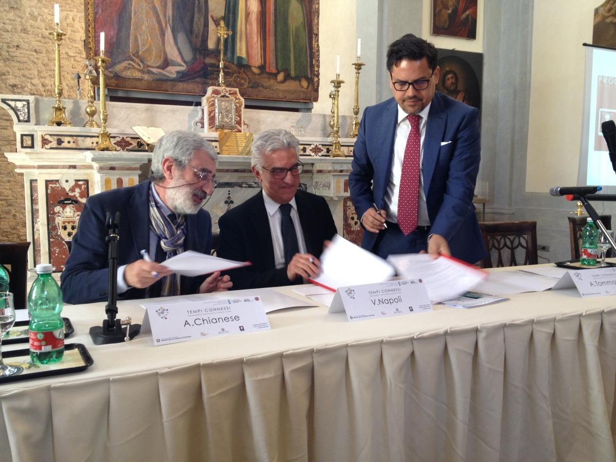 Firma del protocollo di intesa tra Comune di Salerno, Università di Salerno, Consorzio Databenc