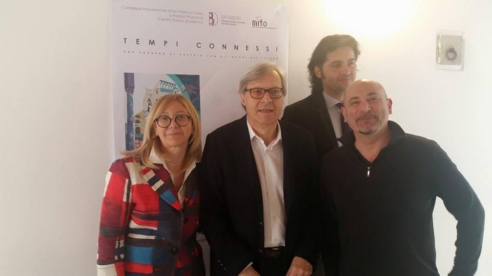 Visita di Vittorio Sgarbi alle installazioni del consorzio Databenc presso Palazzo Fruscione (SA)